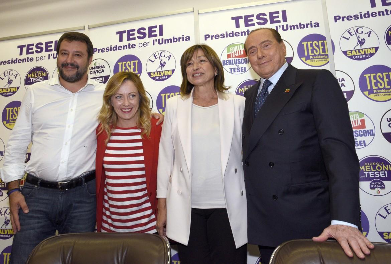 I leader del centro destra con la candidata governatrice Tesei