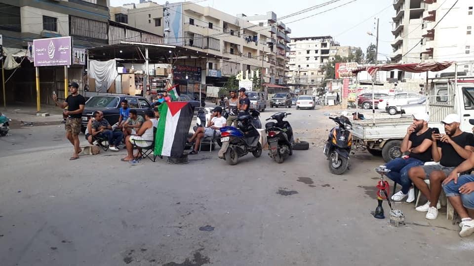 L'ingresso bloccato del campo profughi di Beddawi (Tripoli) lo scorso luglio durante le proteste palestinesi