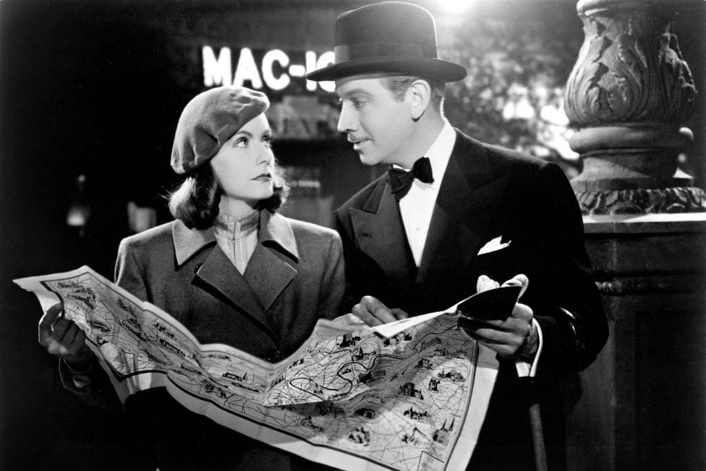 Greta Garbo e Melvyn Douglas in una scena da «Ninotchka», di Ernst Lubitsch