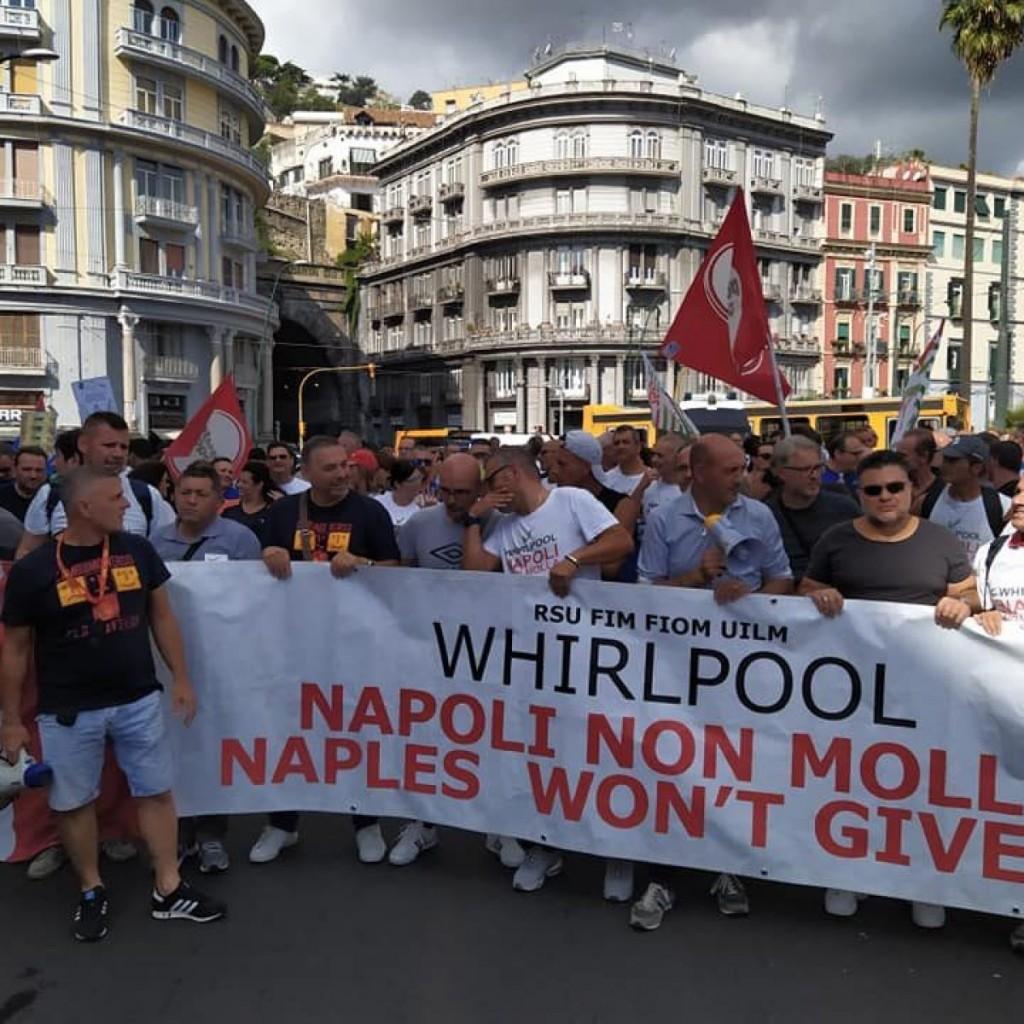 Il corteo di ieri a Napoli dei lavoratori della Whirlpool