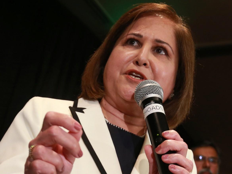 Ghazala Hashmi sarà la prima donna musulmana eletta al Senato della Virginia