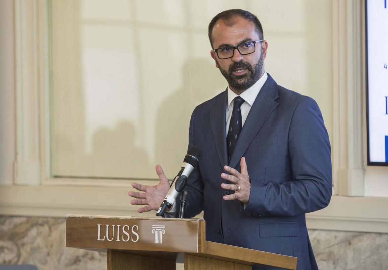 Lorenzo Fioramonti, ministro dell'Istruzione, università e ricerca