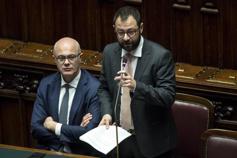Il ministro Patuanelli ieri alla camera