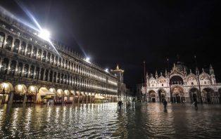 Com triste Venezia
