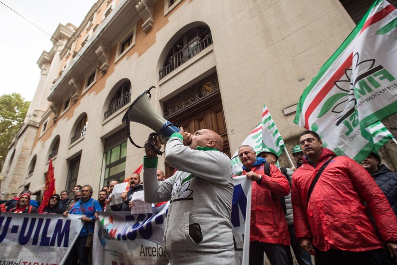 Una protesta sindacale sotto il Mise