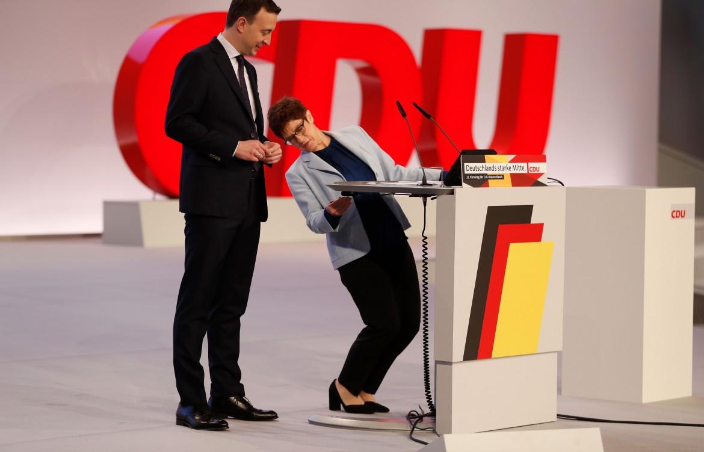 Il segretario generale Paul Ziemiak e la leader della Cdu Annegret Kramp-Karrenbauer