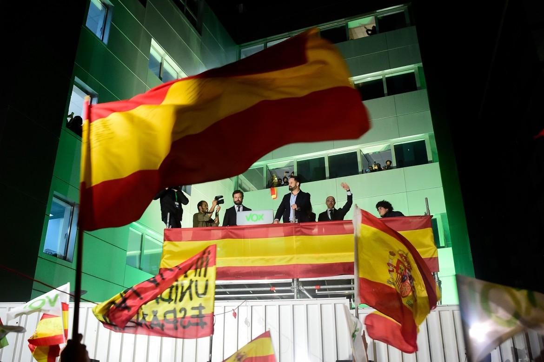 Il leader di Vox Santiago Abascal festeggia il risultato elettorale