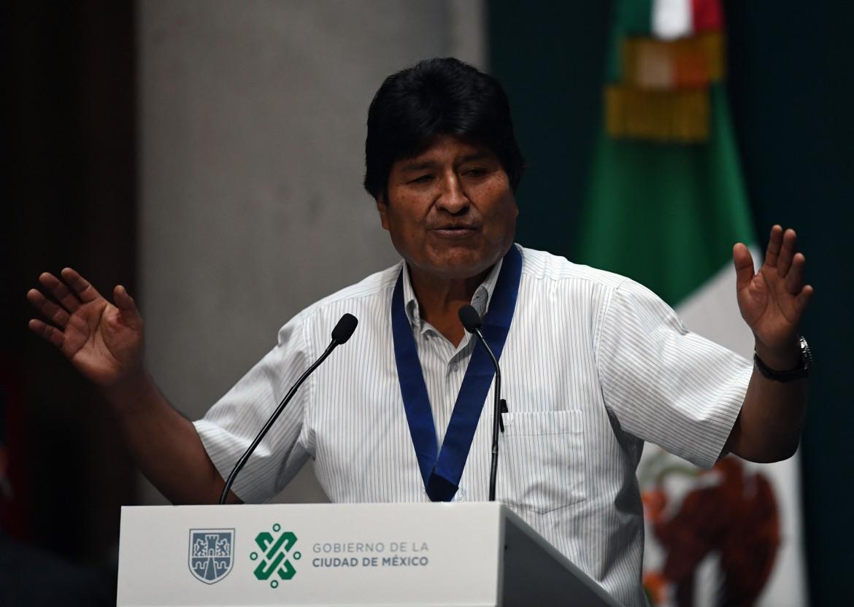 Evo Morales in conferenza a Città del Messico