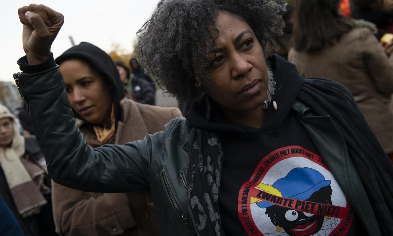 La manifestazione di Kick Out Zwarte Piet a l'Aia