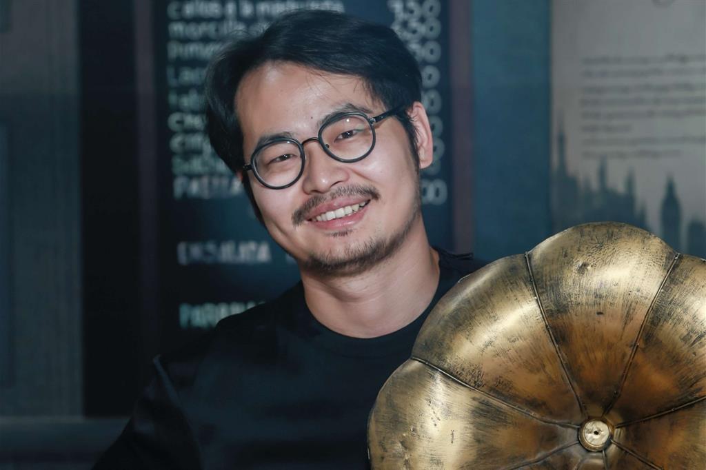 Zhang Changxiao, in arte Sean White