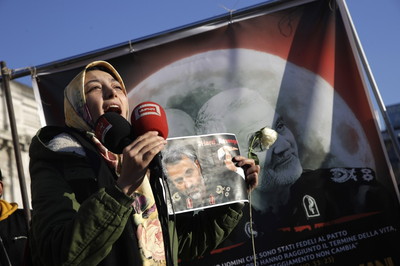 Milano, protesta contro l'assassinio di Qassem Soleimani da parte degli Stati uniti