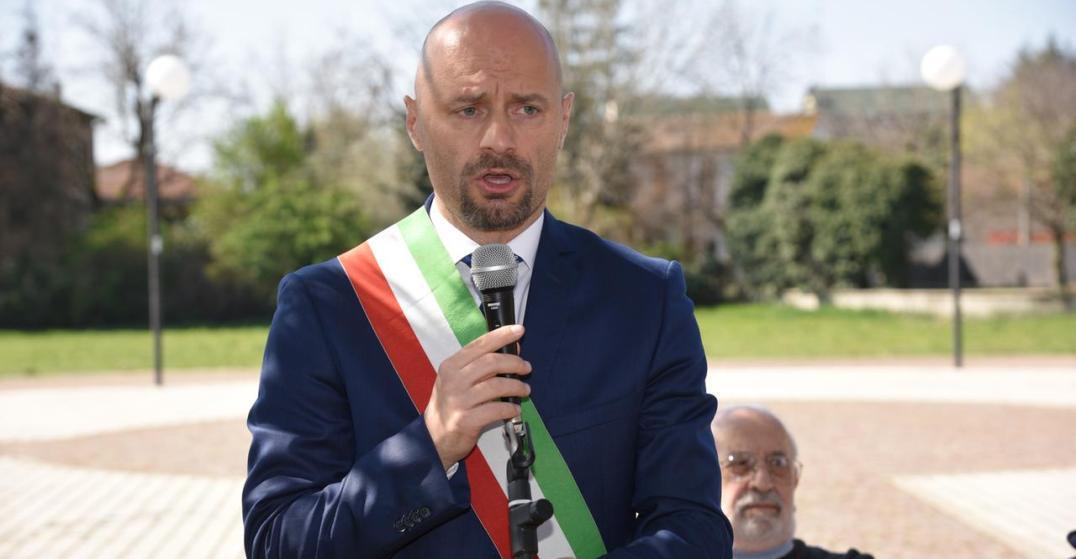 Il sindaco di Bibbiano, Andrea Carletti