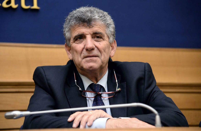 L'europarlamentare Pietro Bartolo