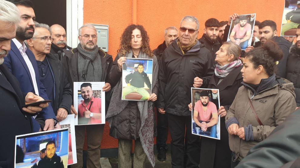 Presidio per le due vittime curde, Ferhat Ünvar e Gökhan Gültekin