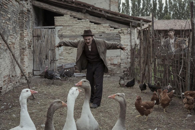 Elio Germano in «Volevo nascondermi» di Giorgio Diritti