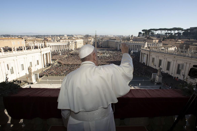 Bergoglio prende tempo, «i tradizionalisti hanno ottenuto ...
