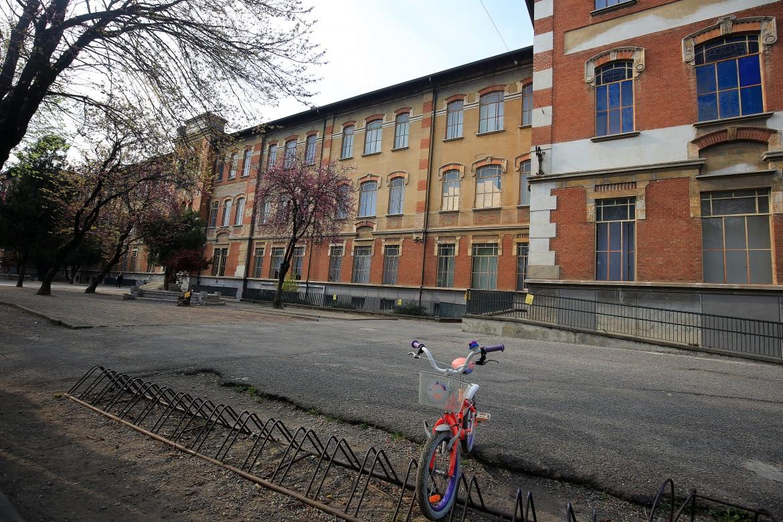 Una scuola elementare chiusa