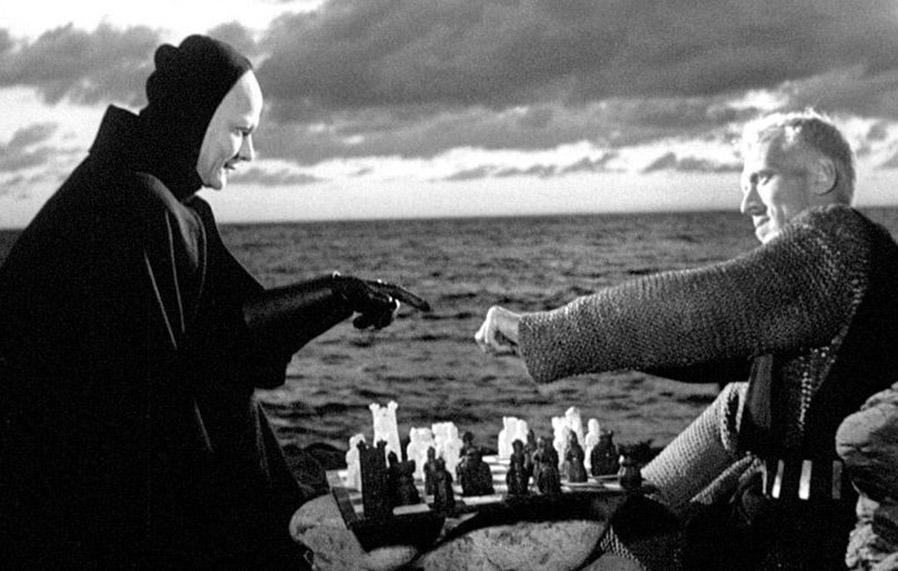 Bengt Ekerot e Max Von Sydow in «Il settimo sigillo» di Ingmar Bergman