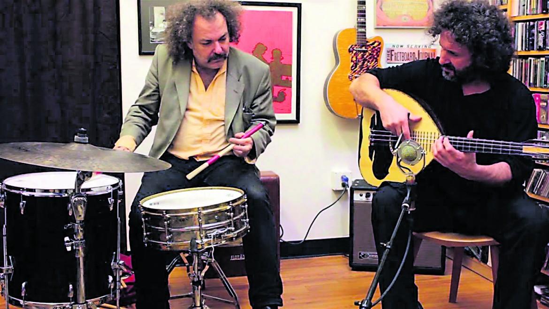 Georgios Xylouris e Jim White