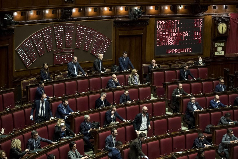 Il tabellone delle votazioni alla camera dei deputati