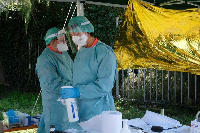 Medici e personale sanitario a Brescia