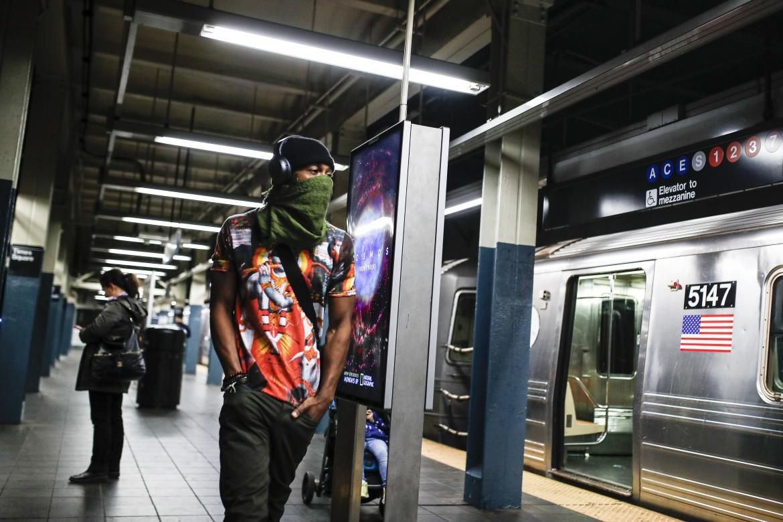 Nella metro di New York semideserta ieri