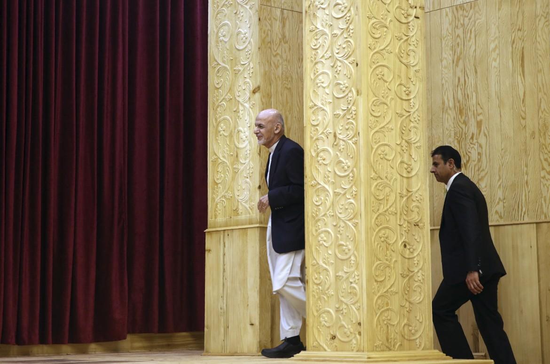Ashraf Ghani nel palazzo presidenziale di Kabul