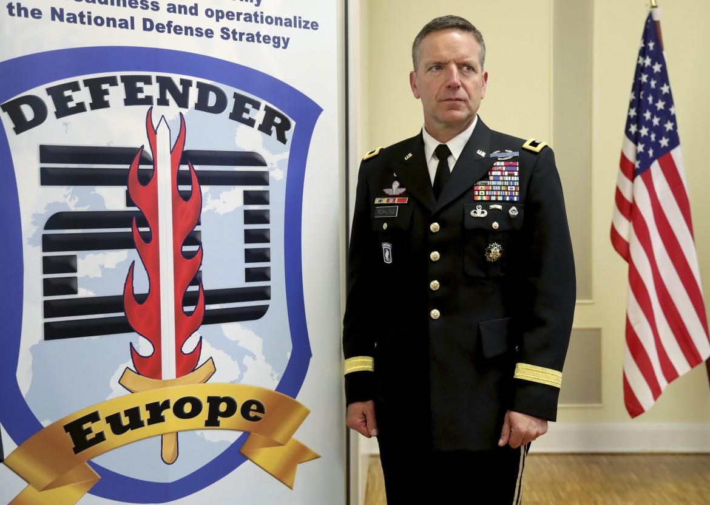 Il generale Andrew M. Rohling alla presentazione dell'esercitazione Defender Europe a gennaio
