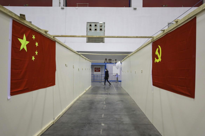 Uno degli ospedali di emergenza costruito a Wuhan