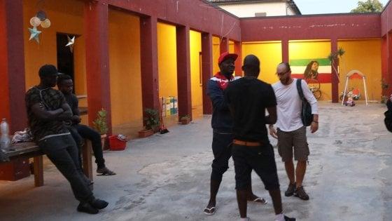 Migranti in un centro Siproimi