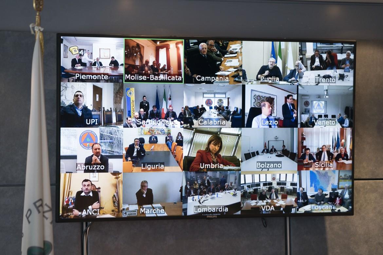 Videoconferenza con le Regioni