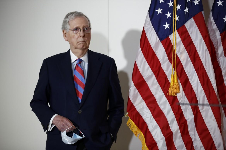 Il capogruppo repubblicano in senato Mitch McConnell