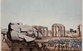 Il trasporto su una sponda del Nilo del busto colossale del Giovane Memnone in una litografia del 1820 Agostino Aglio disegnatore N Chater incisore Padova Biblioteca Civica