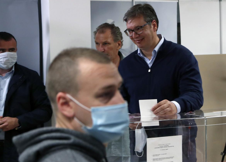 Il presidente serbo Vucic alle elezioni di giugno