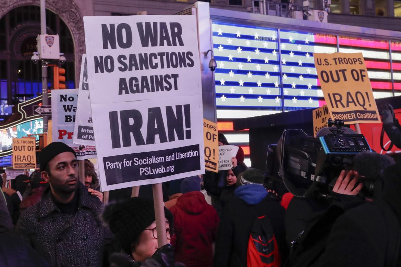 Manifestazione negli Stati Uniti contro le sanzioni all'Iran