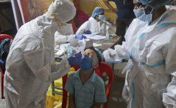 Oxfam i paesi ricchi si stanno accaparrando quasi tutti i vaccini Covid