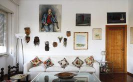 Soggiorno di casa Moravia foto di Francesca Pompei per gentile concessione della Sovrintendenza Capitolina ai Beni Culturali