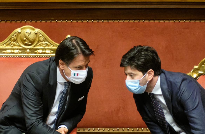 Il premier Conte e il ministro della Salute Speranza