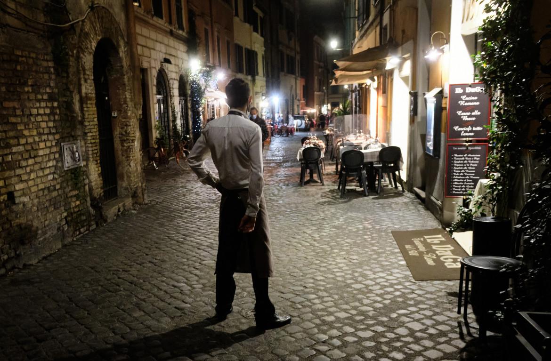 Strade vuote causa Covid, Roma