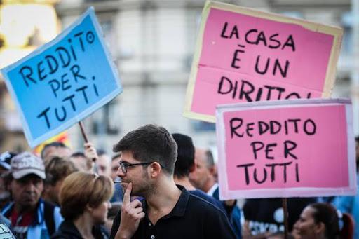 Manifestazione per un reddito di base e il diritto alla casa