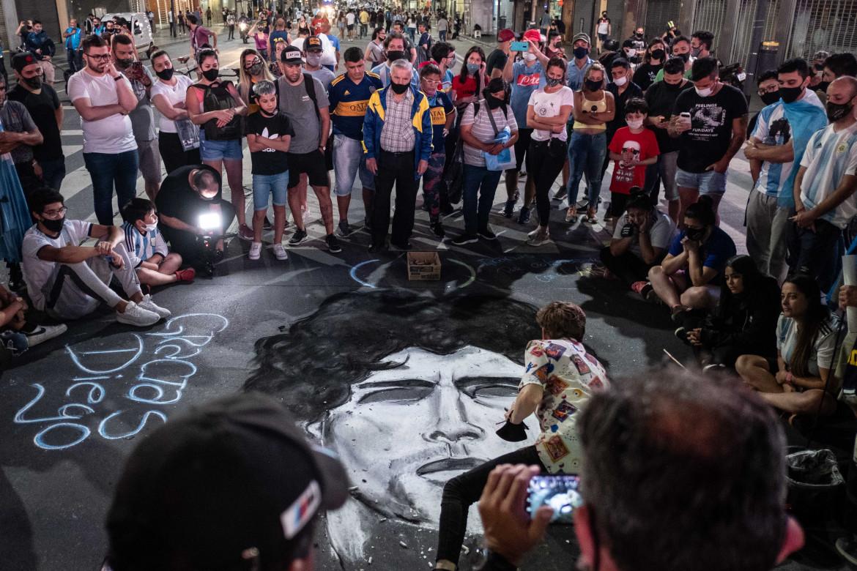 Buenos Aires in strada per salutare Diego Armando Maradona