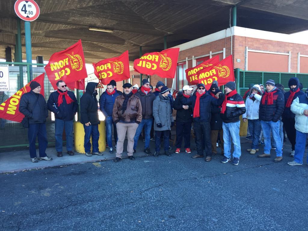 Lo sciopero allo stabilimento Arcelor Mittal Italia di Racconigi (Cuneo)