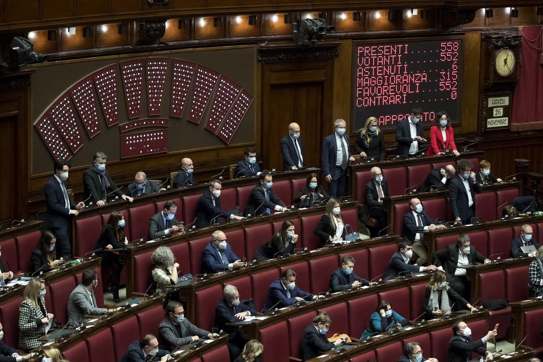 Il voto finale allo scostamento di bilancio ieri alla camera