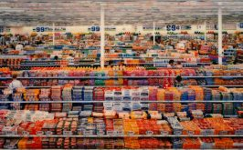 Andreas Gursky 99 Cent 2001