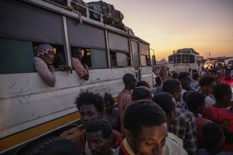 L'arrivo nel campo profughi di Umm Rakouba, in Sudan, dei civili in fuga dal Tigray