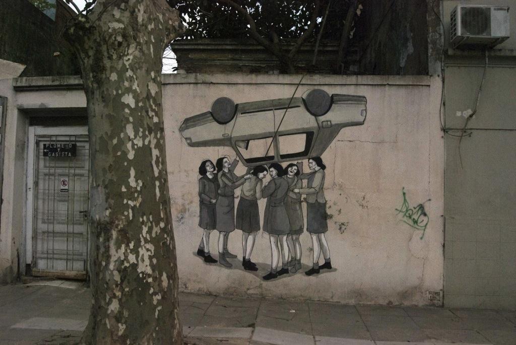 Un'opera della street artist argentina Tamara Djurovic, in arte #Hyuro, scomparsa a Valencia qualche giorno fa