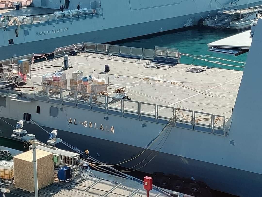 Le due fregate Fremm acquistate dall'Egitto, la Emilio Bianchi e la Spartaco, ribattezzata al Galala