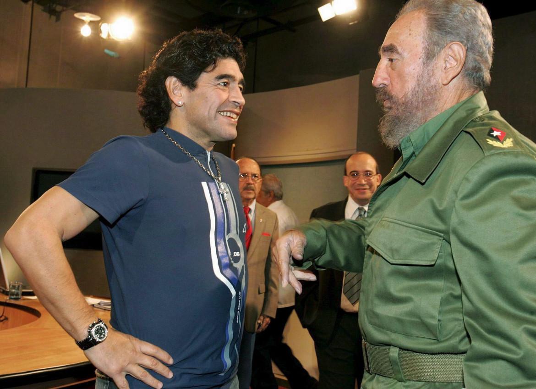 Maradona con Fidel Castro nell'ottobre 2005 all'Avana