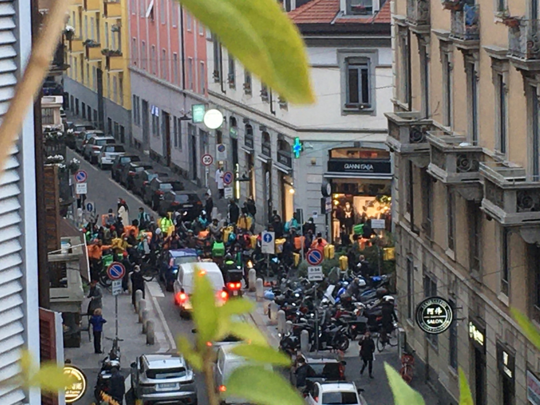 La protesta dei rider ieri a Milano