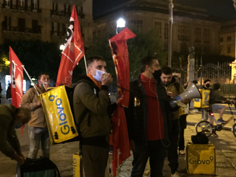 Una protesta dei rider a Palermo